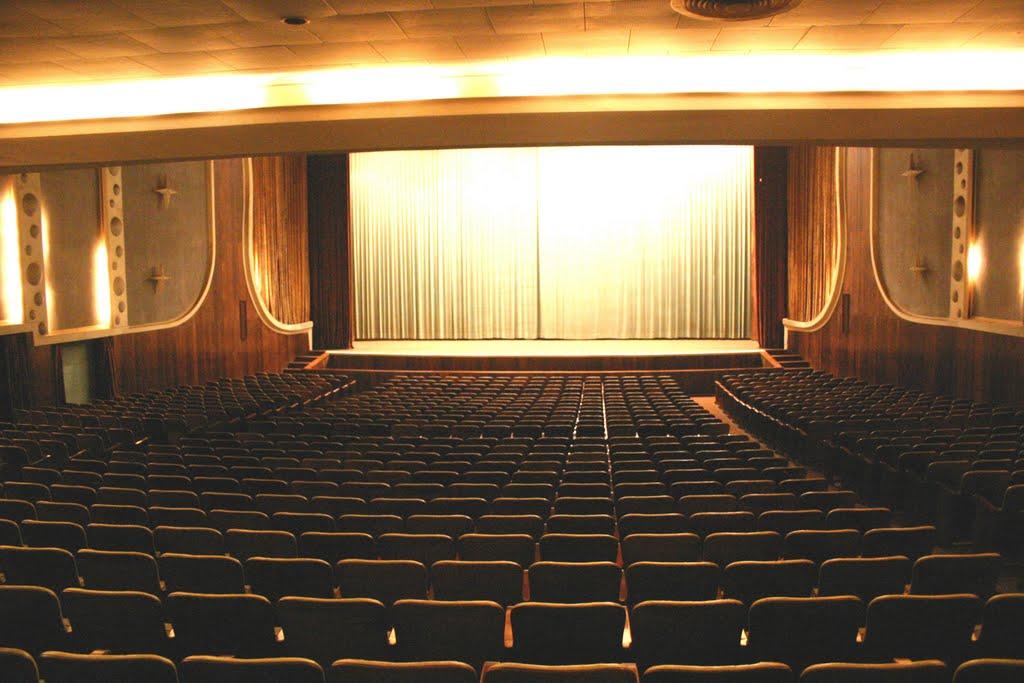 Cine Teatro Virgínea - Curvelo - MG