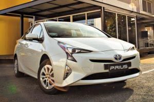 No mercado brasileiros, veículos elétricos ou híbridos, como o Toyota Prius, ainda são considerados modelo de nicho